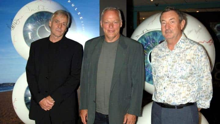 #world - Pink Floyd Pulse eyes set for auction - @ClassicRock Artes & contextos