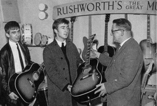 #world - Gibson acustica de John Lennon foi leiloada por 2,4 milhões de dólares - @HARDMUSICA Artes & contextos 3a7e8e14e960843f1215adab05d63037 L