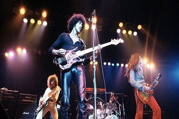 #thinlizzy - Thin Lizzy founder Eric Bell details Exile - @ClassicRock Artes & contextos Thin Lizzy