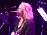 #world - Flashback: See Mary Chapin Carpenter Jam With Keith Urban, Vince Gill - @ RollingStone Artes & contextos flashback see mary chapin carpenter jam with keith urban vince gill