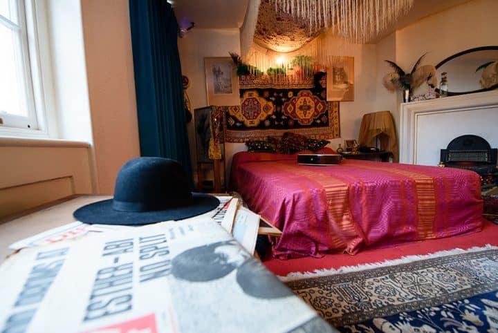 #jimihendrix - Legendary guitarist Jimi Hendrix's restored flat a glimpse into swinging London life - @artdaily.org Artes & contextos jimi hendrix 2