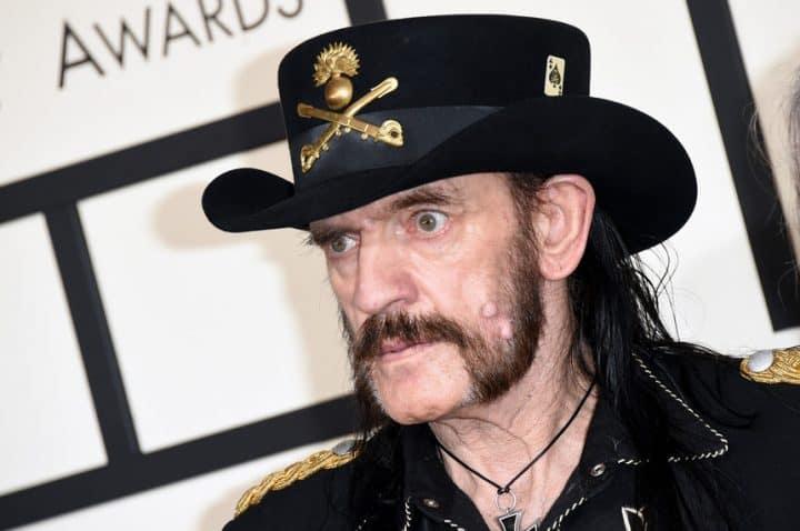 #Lemmy - Motörhead agradecem a fãs por apoio após morte de Lemmy: «Continuem a partilhar» - @Blitz Artes & contextos lemmy motorhead agradecem a fas por apoio apos morte de lemmy continuem a partilhar blitz 1