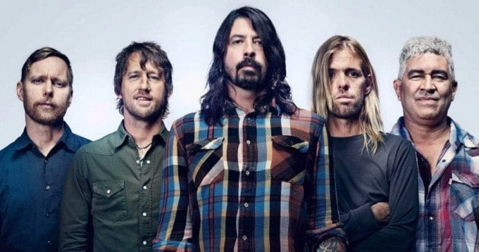 #foofighters - Rumor Has It FOO FIGHTERS Are Breaking Up, Band To Make Announcement Tonight - @MetalInjection Artes & contextos Foo Fighters II