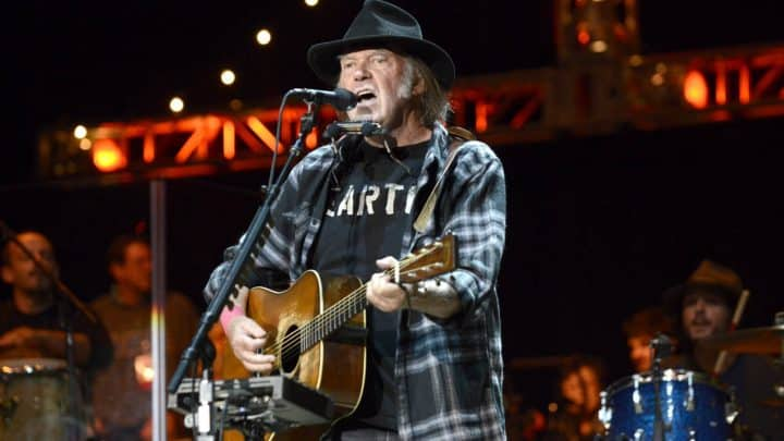 #neilyoung - Neil Young 'energised' by album sessions - @Classic Rock Artes & contextos Neil Young III