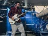 #metallica - Ouça faixa do novo álbum ao vivo dos Metallica - @RadioRock Artes & contextos deftones join forces with geto