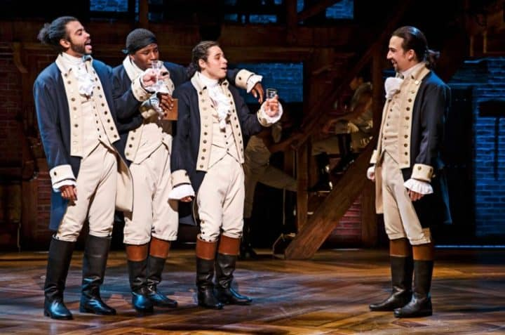 """Hamilton"" Is Now a Pulitzer Prize-Winning Piece of Hip-Hop Art - @AFH Ambrosia for Heads #hamilton #linmanuelmiranda #hiphop #pulitzerprize Artes & contextos Hamilton e1461015772468"