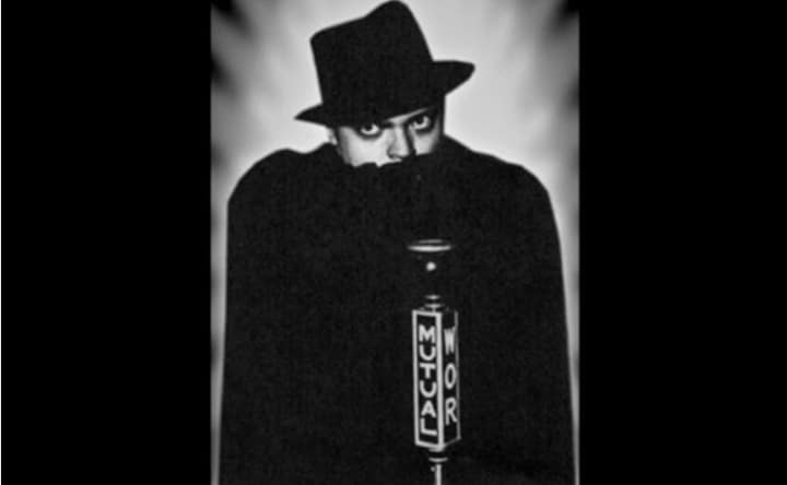 Hear 22-Year-Old Orson Welles Star in The Shadow, the Iconic 1930s Super Crimefighter Radio Show - @Open Culture #orsonwelles Artes & contextos hear 22 year old orson 1