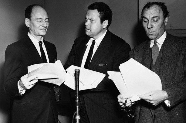 Hear The New Adventures of Sherlock Holmes, the Vintage Radio Drama Starring John Gielgud,  Orson Welles & Ralph Richardson - @Open Culture #sherlockholmes #arthurconandoyle #orsonwelles Artes & contextos hear the new adventures of 1