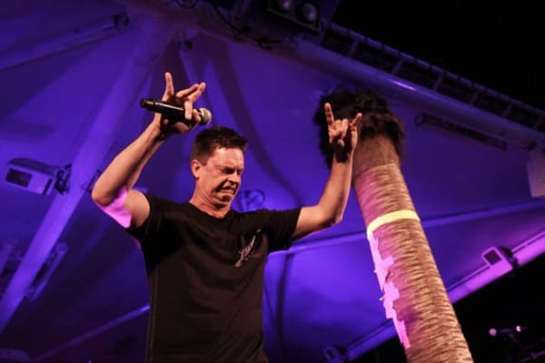 Jim Breuer Album, Featuring Guest Appearance by Brian Johnson, Set for May Release - @Loudwire #jimbreuer #brianjohnson Artes & contextos jim breuer album featuring guest