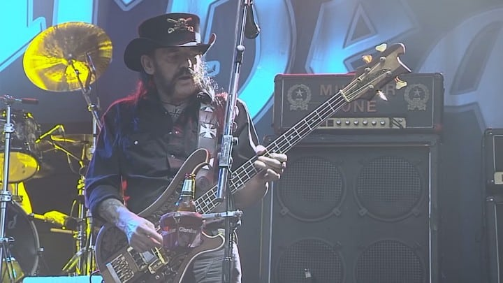 One of Lemmy's last live performances available to stream - @TeamRock Artes & contextos Lemmy