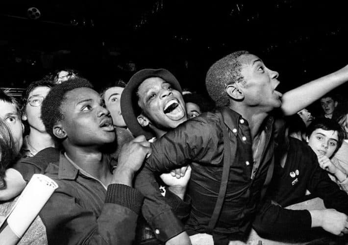 Rock Against Racism: Photographs Of The Music Revolution Artes & contextos Carnival Against The Nazis Leeds 1978