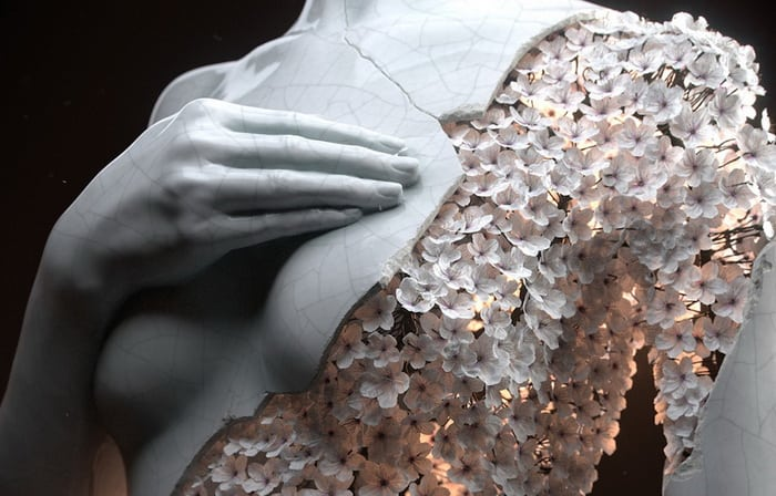 Digital Sculptures of Female Forms Rendered in Flowers by Jean-Michel Bihorel - @Colossal Artes & contextos Jean Michel Bihorel