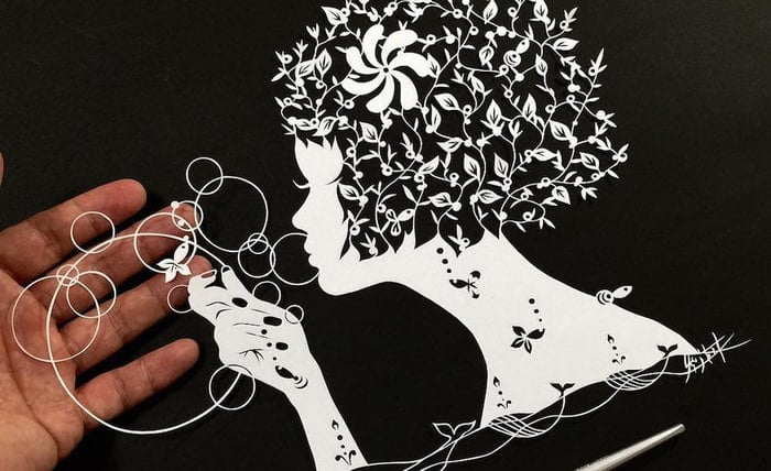 Hand-Cut Mandalas and Other Intricate Paper Works by Mr. Riu - @This Is Colossal Artes & contextos Mr.Riu Mandalas 03