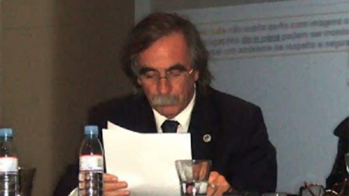 Formas outras da língua portuguesa - Álvaro Lobato de Faria