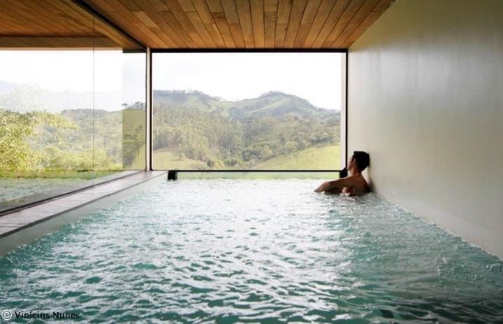 Architecture and the Bare Body