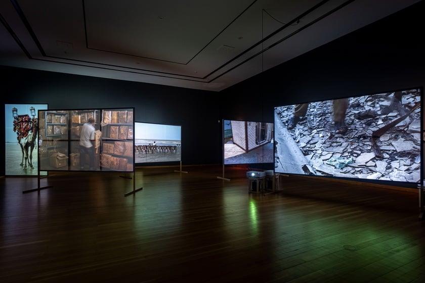 """They Died Laughing"": Bani Abidi at Gropius Bau, Berlin Artes & contextos gb19 p Bani Abidi karachi II 2"